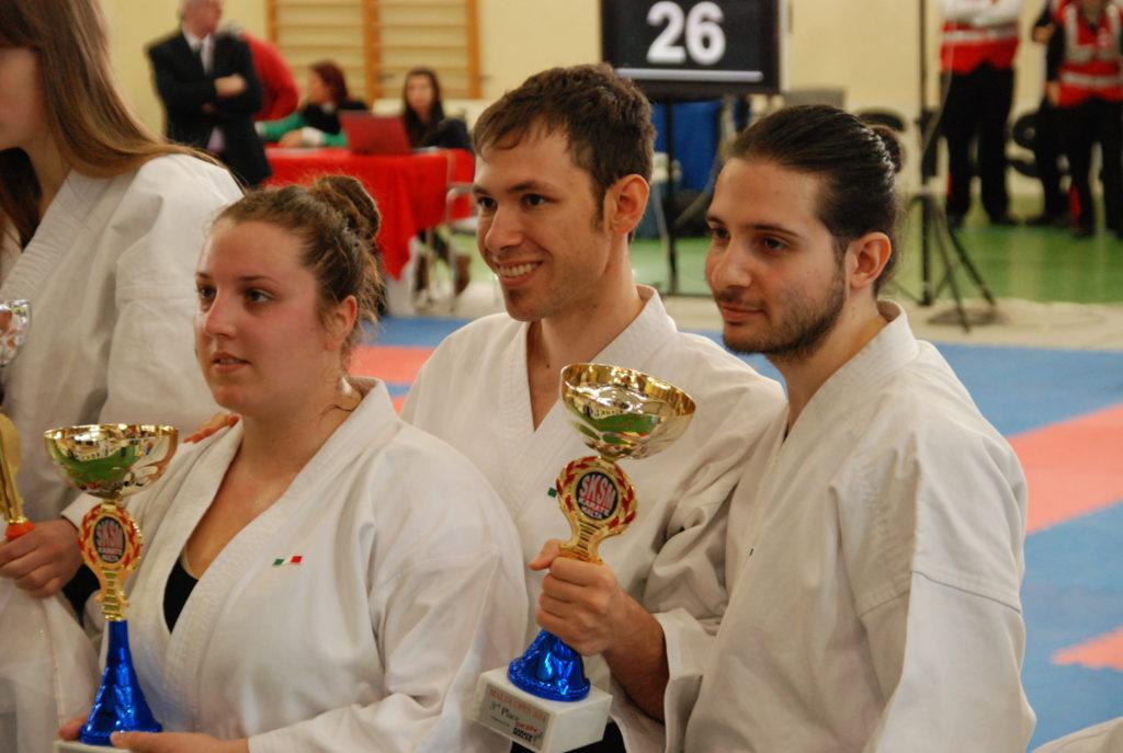 campioni Kata squadra karate CAAM