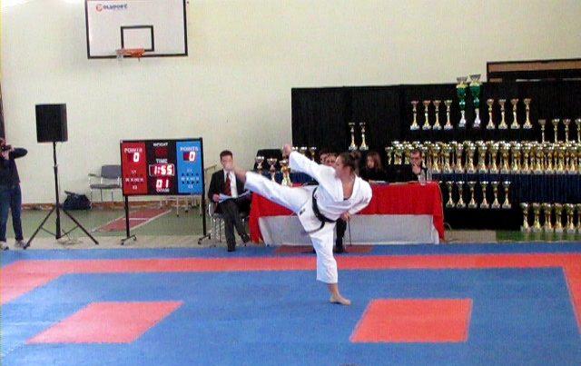 Maestro Speringo Barbara Karate CAAM Milano